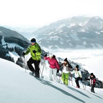 winter_schneeschuhwandern_-_snowshoeing